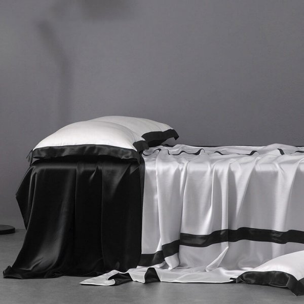 Black 22 Momme Classic 4PCs Silk Flat Sheet Set