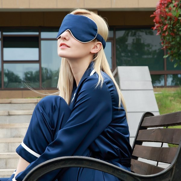 26 Momme Luxurious Silk Sleep Eye Mask